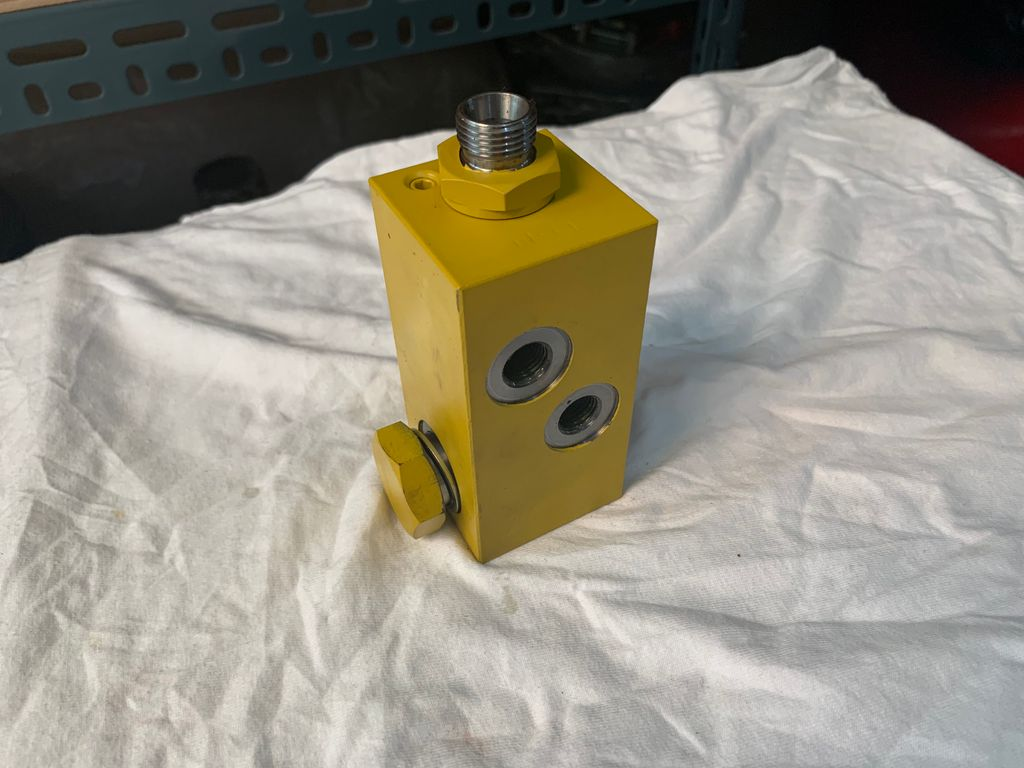 Sensing valve